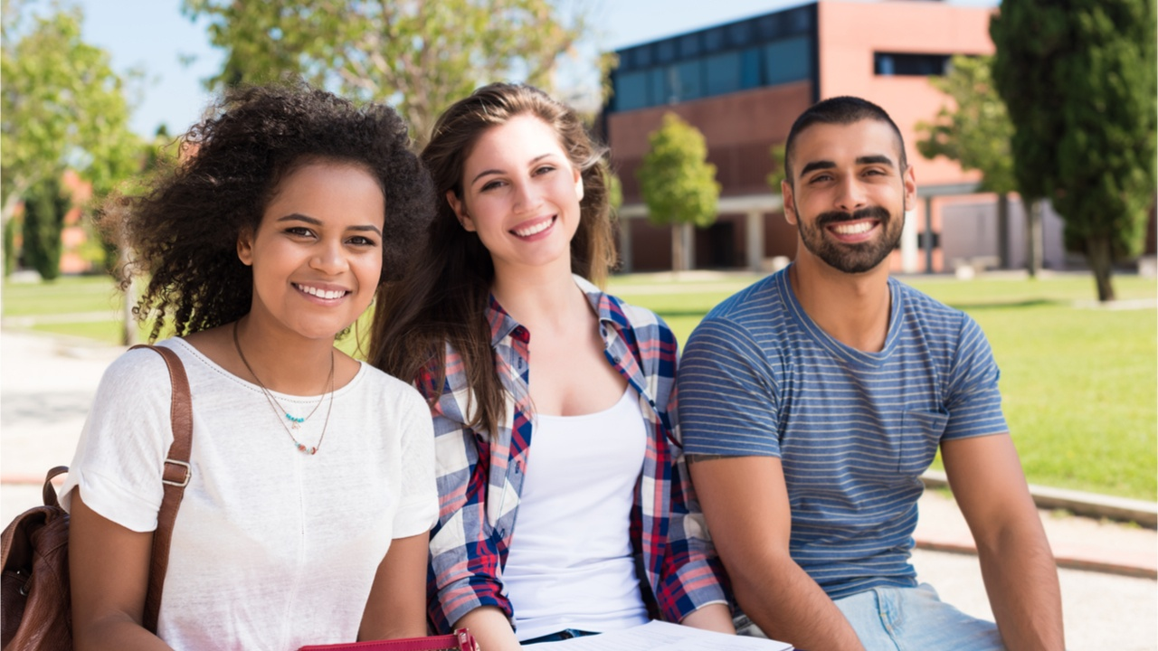 earn-international- Bachelors-degree-Peru-alt-5